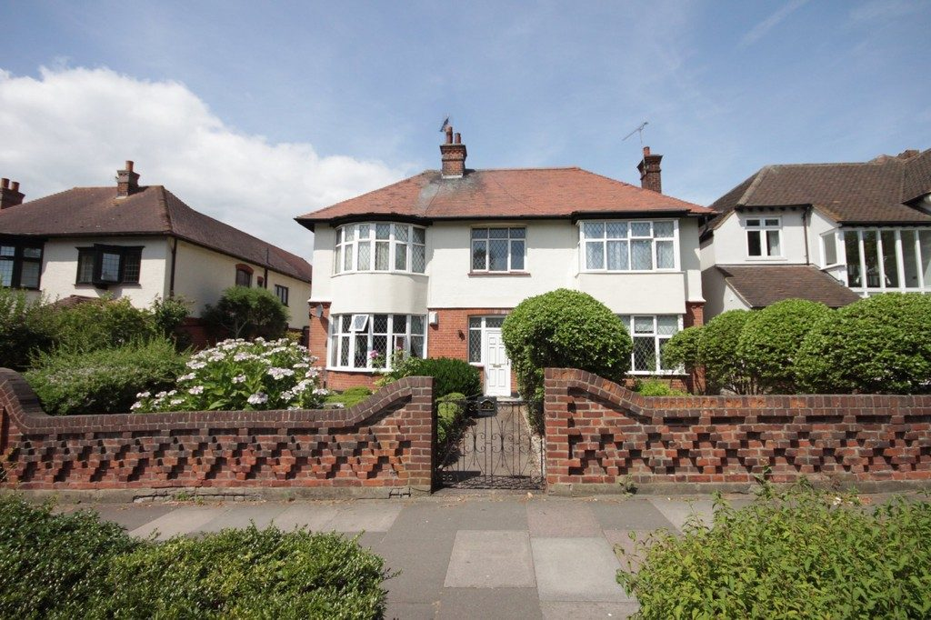 Chalkwell Avenue, Westcliff-on-Sea