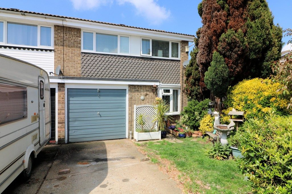 Brookside Avenue, Great Wakering, Southend-on-Sea