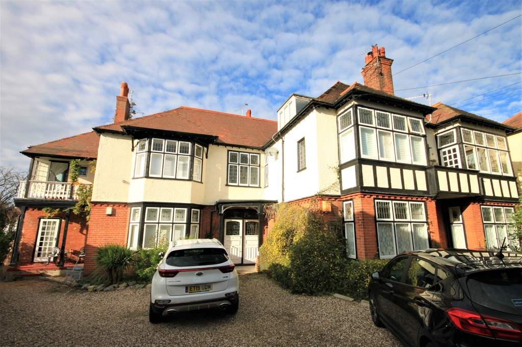 Whitefriars Crescent, Westcliff-on-Sea