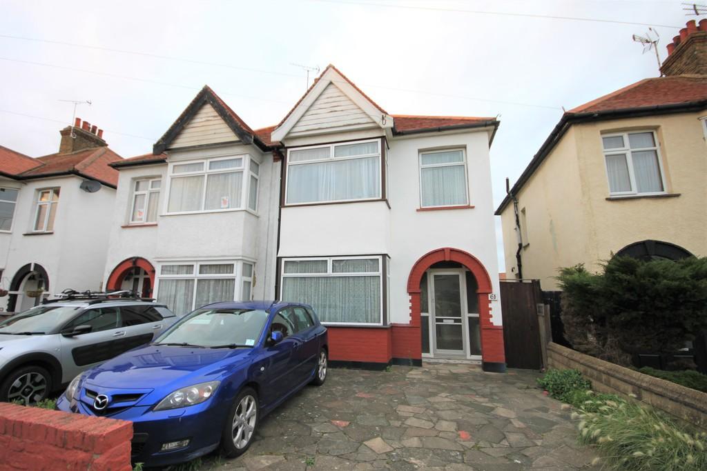 Royston Avenue, Southend-on-Sea